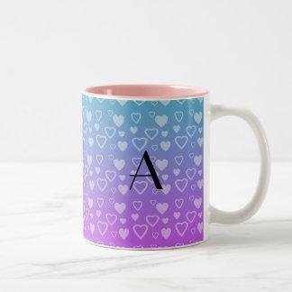 Turquesa y monograma rosado de los corazones taza de café
