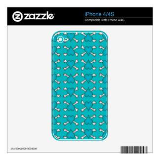 Turquoise Heart and Crossbones Pattern Decal For The iPhone 4S