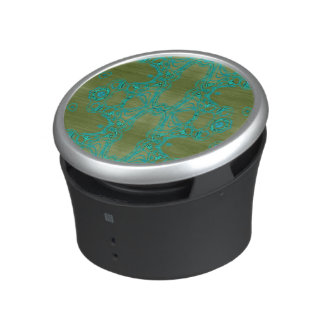 Turquoise lace speaker