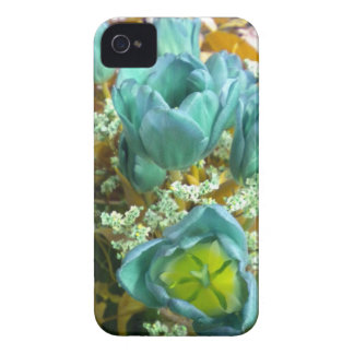 Turquoise N Gold Tulips Blackberry Bold case