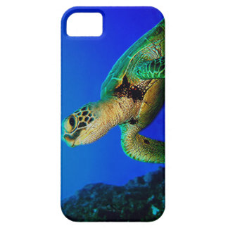 Turtle In The Deep Blue iPhone SE/5/5s Case