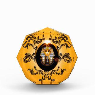Tutankhamun, the agyptische pharaoh acrylic award