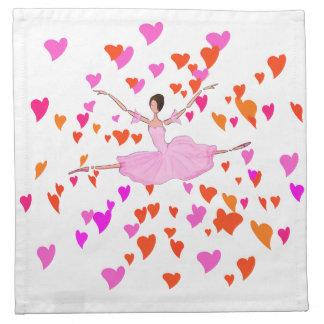 Tutú rosado de la bailarina y corazones coloridos  servilleta de papel