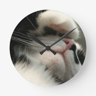 Tuxedo Kitty Has A Sick Headache Round Clock