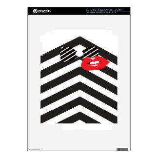 Tuxedo Man and-a Kiss Gifts iPad 3 Skin