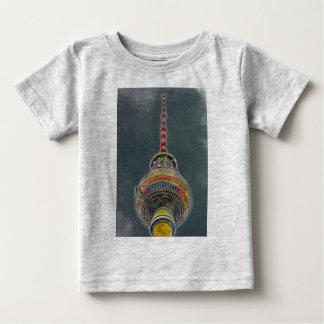 Tv Tower (Fernsehturm), Berlin, Art Effect T-shirts