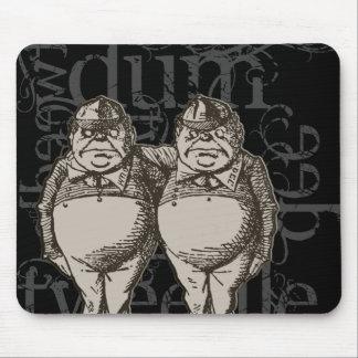Tweedledum & Tweedledee Grunge (Single Figure) Mouse Pad