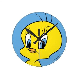 TWEETY™ |Clever Bird Round Clock