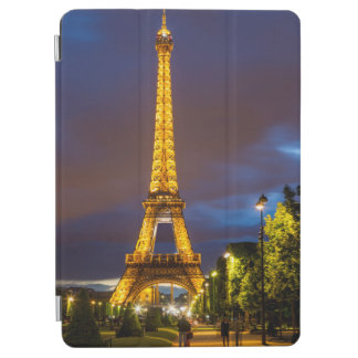 Twilight below the Eiffel Tower iPad Air Cover