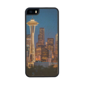Twilight Blankets The Space Needle And Downtown 2 Carved® Maple iPhone 5 Slim Case
