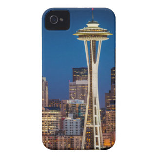 Twilight Blankets The Space Needle And Downtown iPhone 4 Covers