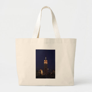 Twilight: Empire State Building lit up Pink - 02 Tote Bags