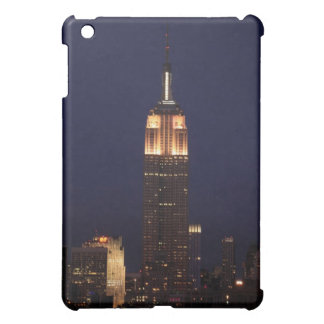Twilight: Empire State Building lit up Pink - 02 iPad Mini Covers