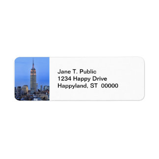 Twilight: Empire State Building lit up Pink - 04 Label