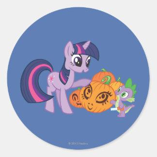 Twilight Sparkle with Halloween Pumpkin Classic Round Sticker