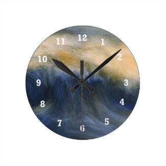 Twin Wave Round Clock