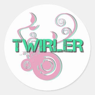 Twirler rosado y verde pegatina redonda