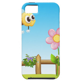 Two bees inside the wooden fence iPhone SE/5/5s case