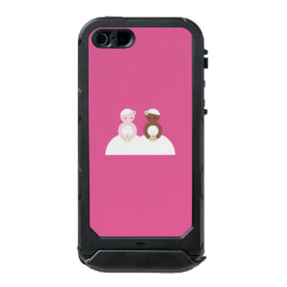Two brides, one caucasian, one colored waterproof iPhone SE/5/5s case