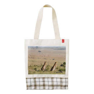 Two cheetahs on the look out zazzle HEART tote bag