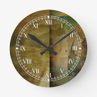 Two Delicate Screens Round Wall Clocks