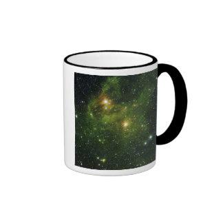 Two extremely bright stars mug