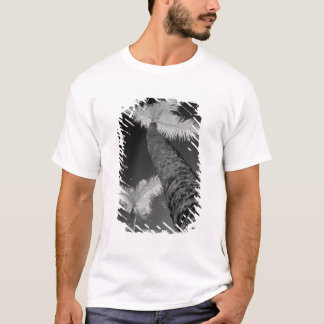 Two infrared palm trees. T-Shirt