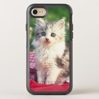 Two Kittens Sitting On A Red-Colored Blanket OtterBox Symmetry iPhone 7 Case