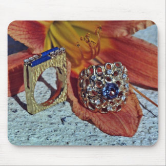 Two ladies' rings  flowers mouse pad