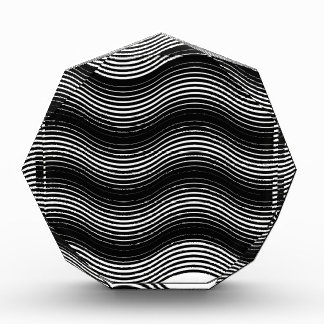 Two layers consisting of curves with identical inc award