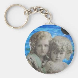 two little girls key chain