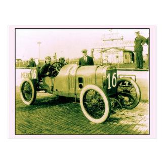 Two men in antique racing car n° 16 Indy 500 Postcard