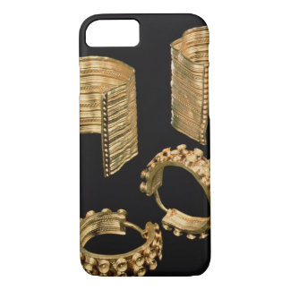 Two open facetted bracelets and a pair of earrings iPhone 7 case