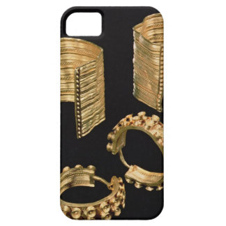 Two open facetted bracelets and a pair of earrings iPhone SE/5/5s case