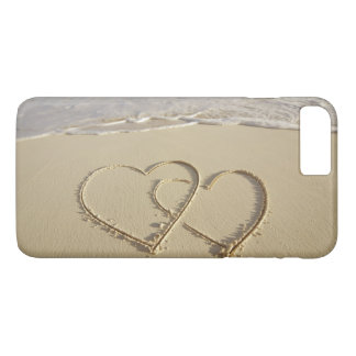 Two overlying hearts drawn on the beach iPhone 7 plus case