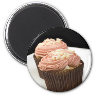 two pink cupcakes magnets
