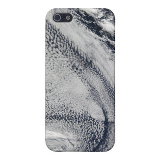 Two S-Shaped Polar Hurricanes iPhone SE/5/5s Cover