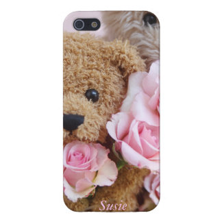 two teddy bears holding roses cover for iPhone SE/5/5s