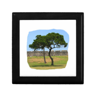 Two trees and castle walls gift box