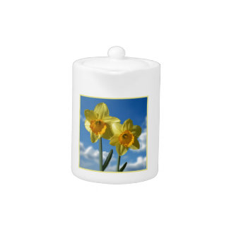 Two yellow Daffodils 2.2 Teapot