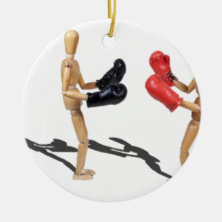 TwoPeopleSparringBoxingGloves103013.png Ornato