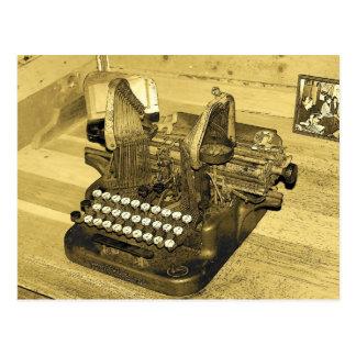 Typewriter2 Postales