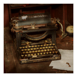 Typewriter - My bosses office Poster