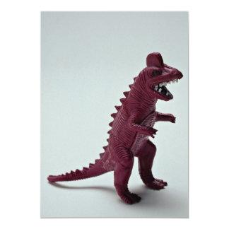 """Tyrannosaurus púrpura Rex Invitación 5"""" X 7"""""""