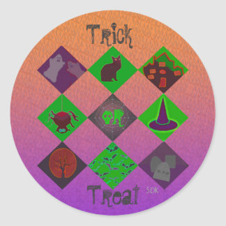 U Pick Gradient/Halloween Trick or Treat for Candy Classic Round Sticker