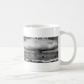 U.S. Cruces de la operación la explosión del Taza De Café