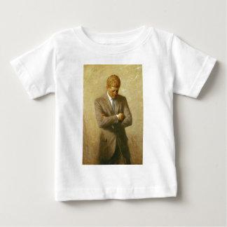 U.S. President John F. Kennedy by Aaron Shikler T-shirt