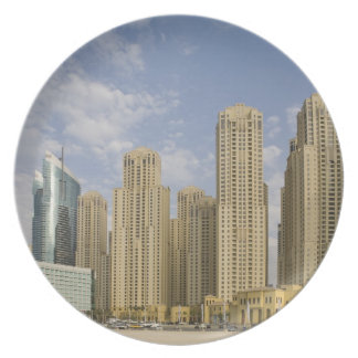 UAE, Dubai, puerto deportivo. Residencia de la pla Platos De Comidas