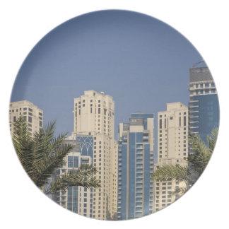 UAE, Dubai. Torres de la residencia de la playa de Plato De Cena