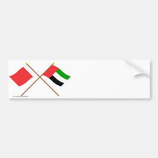 UAE y banderas cruzadas Dubai Etiqueta De Parachoque